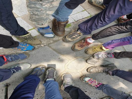 하산후 신발단체.jpg